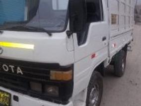 Camioneta - Toyota