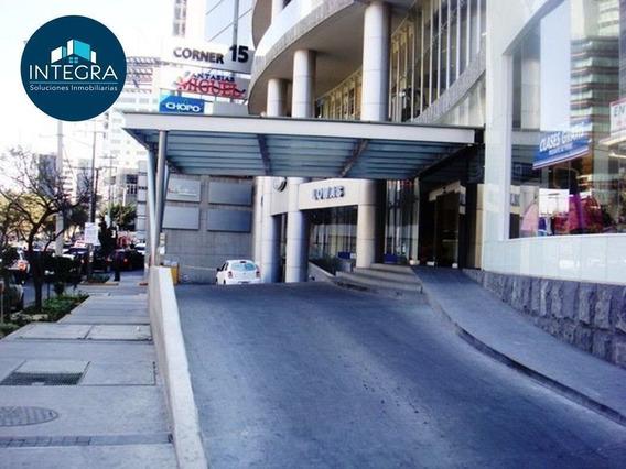 Local Dentro De Centro Comercial, Juan Salvador Agraz, Santa Fe.
