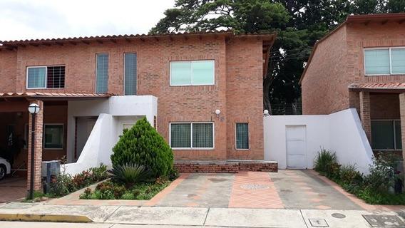 Townhouse Conj. Res. Las Trinitarias, San Diego. Foth-116