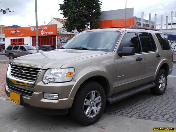 Ford Explorer 4x4 At