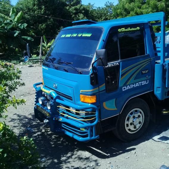 Daihatsu Delta Año 2000 Excelentes Condiciones 809-901-4937