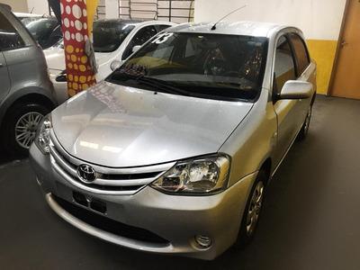 Toyota Etios Hb Xs 1.3 Completo 2013