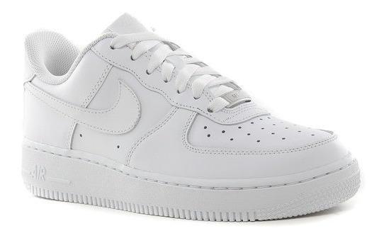 Tipo Zapatilla Nike Air Force.