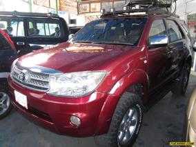 Toyota Fortuner Sr5 (7ptos) 4x4 - Automatico