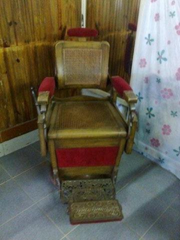 Cadeira De Barbeiro Antiga - Irmãos Campanille