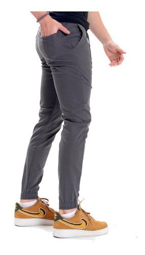 Pantalon Jogger Gabardina Stretch Hombre Color Gris Oscuro Opps Jeans