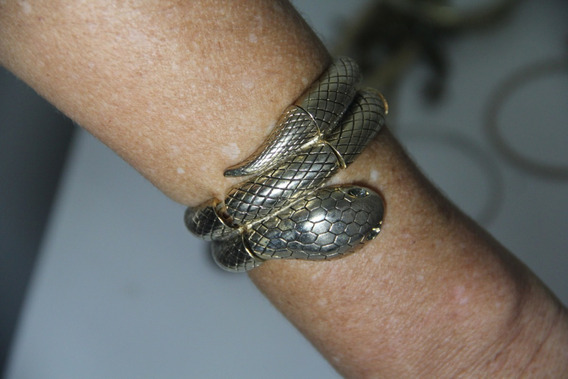 Bracelete De Metal Cobra