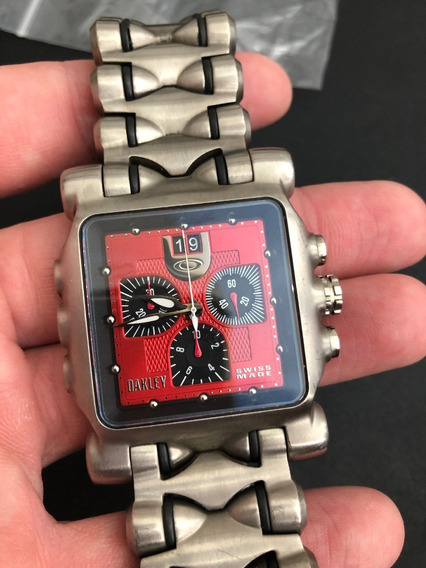 Relógio Oakley Minute Machine Vermelho - Pouco Uso