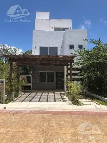 Casa En Venta En Puerto Morelos/punta Arena/riviera Maya