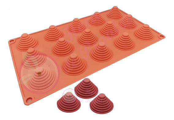 Molde De Silicona X15 Cono Piramide 4 Cm X 3cm Chocolate