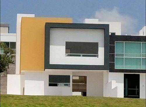 Excelente Casa En Renta En Cumbres Del Lago (mt)