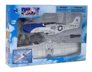 Kit Montar Avião De Combate P-51 Prata Candy Toys