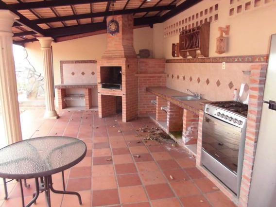Casa En Alquiler En Cumbres De Curumo Gi Mls #20-10076