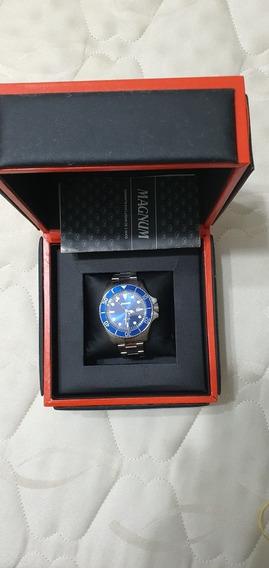 Relógio Magnum Quartz Fundo Azul