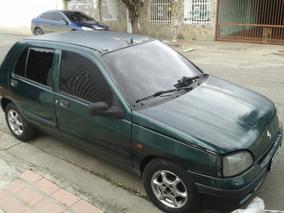 Renault Clio Año 99