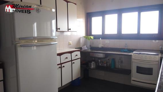 Apartamento Em Bairro Nobre Com 2 Dormitórios - Ap00155 - 34502141