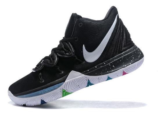 Tênis Nike Kyrie 5 Black Magic - Preto