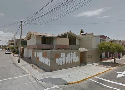 Venta De Casa 250 M2 (av Dolores , Los Incas)