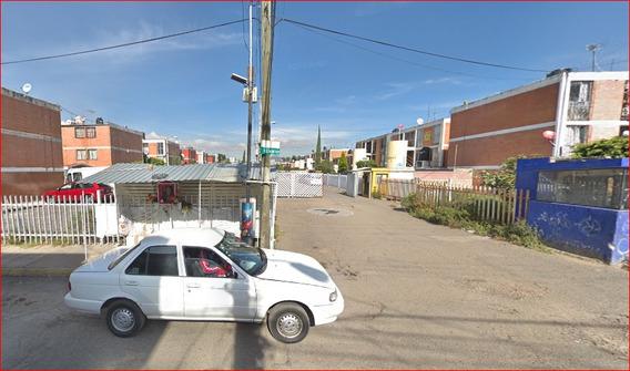 Casa Tipo Triplex En Venta Colonia Parques De Aragon