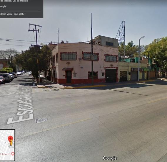Bonito Departamento En Calle Euzcaro, Industrial, Gam