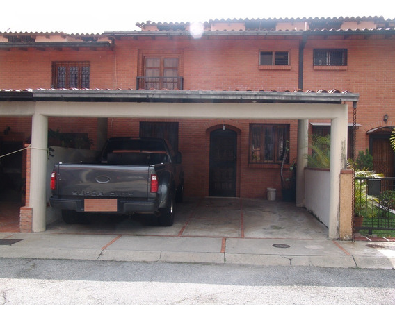 Hermoso Y Céntrico Townhouse En Villas El Rodeo