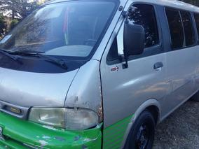 Kia Pregio 2.7 D Minibus 2000