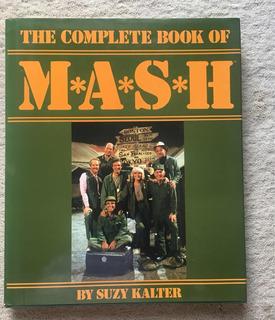 Livro Do Seriado Mash Colecionador