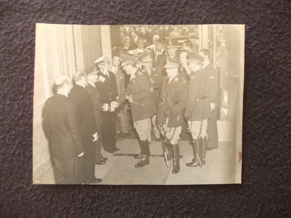 2177- Foto Perón Saludo Personal Militar (14x11)cm