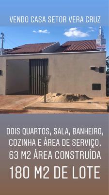 Casa Dois Quartos, Sala, Banheiro, Cozinha, Área De Serviço