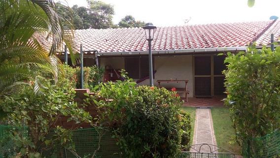 Villa Tipo Townhouse Higuerote Palmbeach