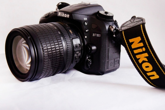 Camera Nikon D7100 Kit 18-105mm (89826 Clicks)