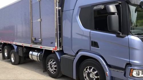 Scania P 320   Câmara Fria  8x2   Ano  2019/2020