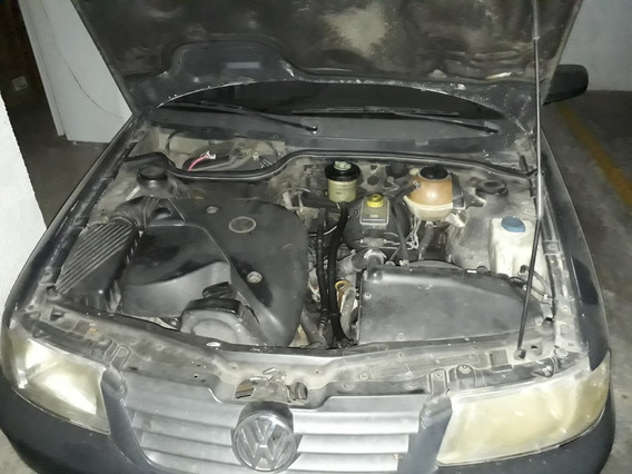 Volkswagen Gol Negro