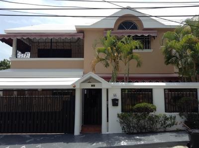 Hermosa Casa En Santo Domingo