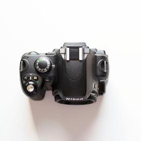 Câmera Nikon D40 Com Lente 18-55mm