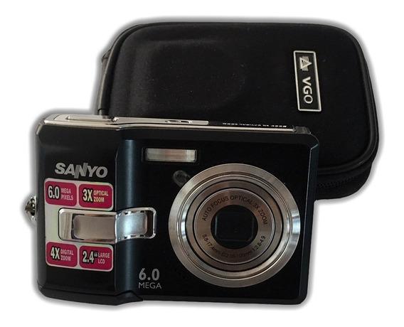 Camara Digital Sanyo 6mp. Optical Zoom X3 C/estuche
