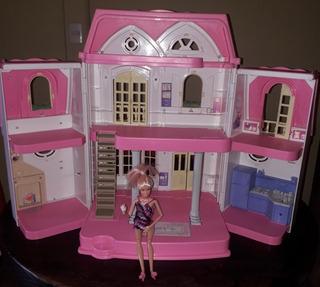 Casita De Barbie