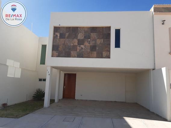 Moderna Casa En Venta Fraccionamiento Laureles Residencial