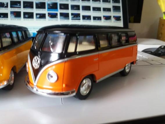 Miniatura Volkwagen Kombi Escala 1:32 13cm