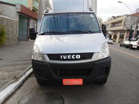 Iveco Daily 35s14 2013 Baú Cinza Mono Turbo Ar Condicionado
