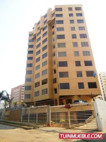 Apartamentos En Venta Playa Grande Mca 19-10979