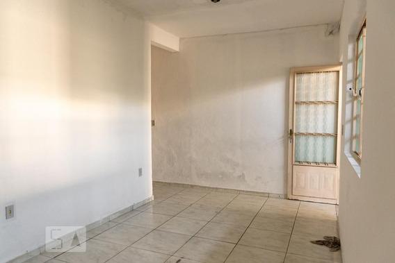 Casa Com 3 Dormitórios E 1 Garagem - Id: 892952127 - 252127