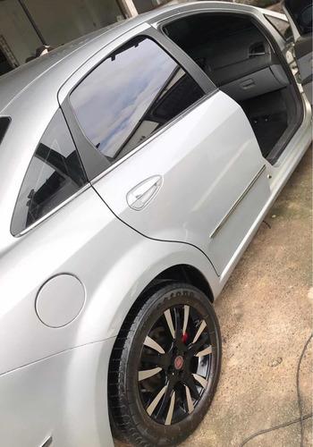 Fiat Linea 2011 1.8 16v Lx Flex 4p