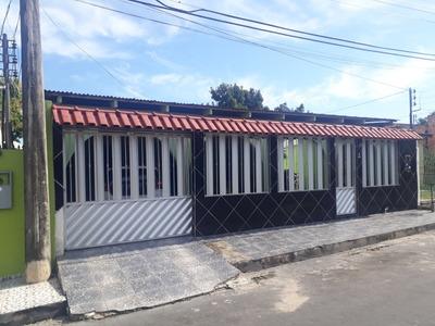 Casa 3 Quartos 3 Banheiros Garagem Para 4 Carros Area De Lav