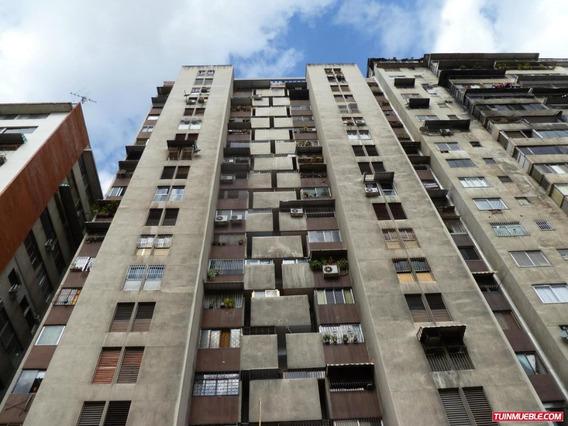 Dioselyn G Apartamentos En Venta#19-6065