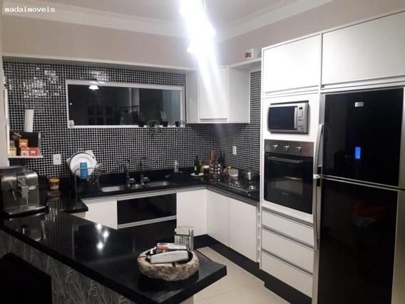 Casa Para Venda Em Mogi Das Cruzes, Vila Caputera, 1 Dormitório, 1 Suíte, 2 Banheiros, 2 Vagas - 2060