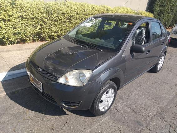 Ford Fiesta Sedan 2006 Financiamento Com Score Baixo