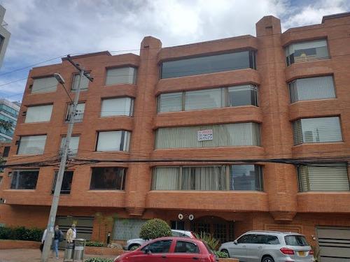 Imagen 1 de 3 de Apartamento En Arriendo Chico 90-65843