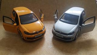 Lote C/ 2 Miniaturas Carrinhos Vw Golf Gti Amarelo E Prata