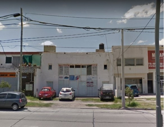 Local- Salon- Galpon En Duarte Quiros 3654